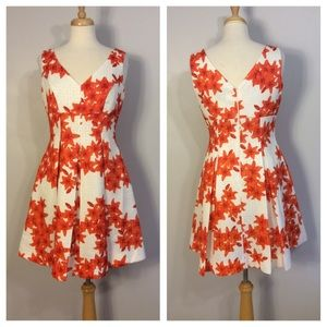 Gabby Skye Floral Fit and Flare Dress Size 8